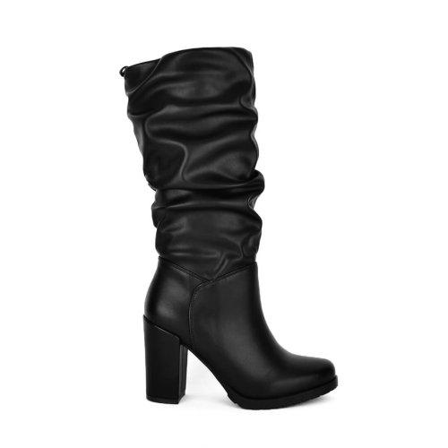 Σουρωτή μπότα με τακούνι σε ματ τεχνόδερμα υλικό! Δες όλες τις προσφορές σε γυναικέια παπούτσια! Παπούτσια My Way Shoes, Τσιμισκή 32 Θεσσαλονίκη!