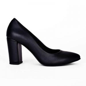 Μαύρη ματ γόβα, κατασκευής εργοστασίου μας. Γυναικεία παπούτσια για σένα σε εκπληκτικές τιμές! Βρες τώρα αυτό που σου ταιριάζει! MyWayShoes στη Θεσσαλονίκη!