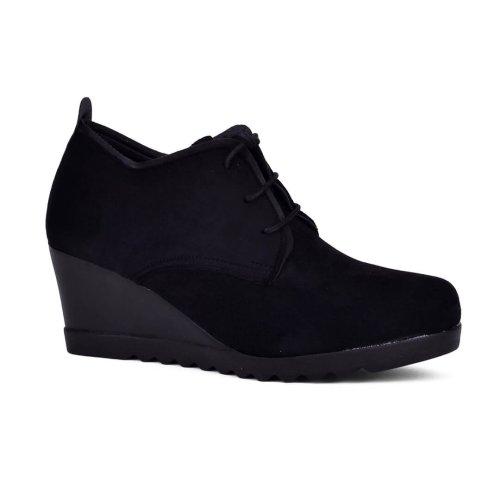 Γυναικείο δετό παπούτσι σε πλατφόρμα σε σουετ τεχνόδερμα υλικό! Βρες τώρα αυτό που σου ταιριάζει! MyWayShoes, Τσιμισκή 32 στη Θεσσαλονίκη!