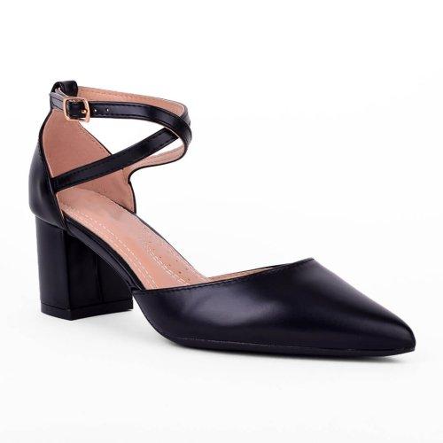 Μαύρη ματ μυτερή γόβα με χιαστί λουράκι και χοντρό τακούνι ύψους 6 εκατοστών. Βρες τώρα αυτό που σου ταιριάζει! MyWayShoes στο Κέντρο Θεσσαλονίκης!