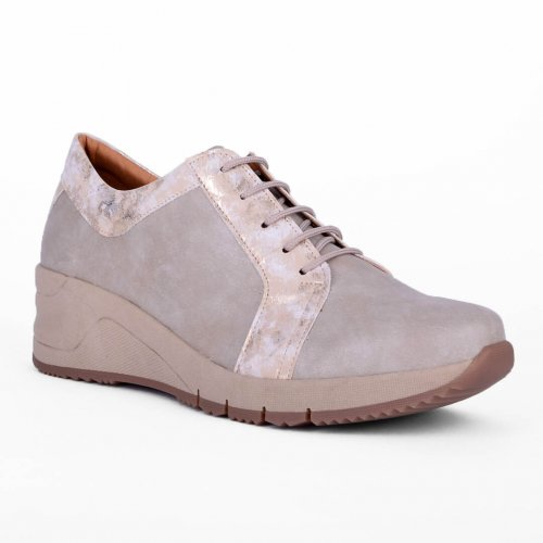 Comfort γυναικείο sneaker με κορδόνια, κατασκευής εργοστασίου μας. Βρες τώρα αυτό που σου ταιριάζει! MyWayShoes, Τσιμισκή 32 στη Θεσσαλονίκη!